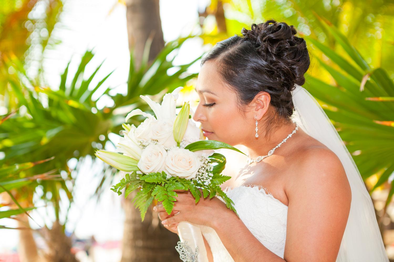 Roatan_Photography_Mayan_Princess_Beach_Wedding_Annette_Justin