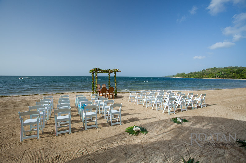 Beach wedding at Palmetto Bay